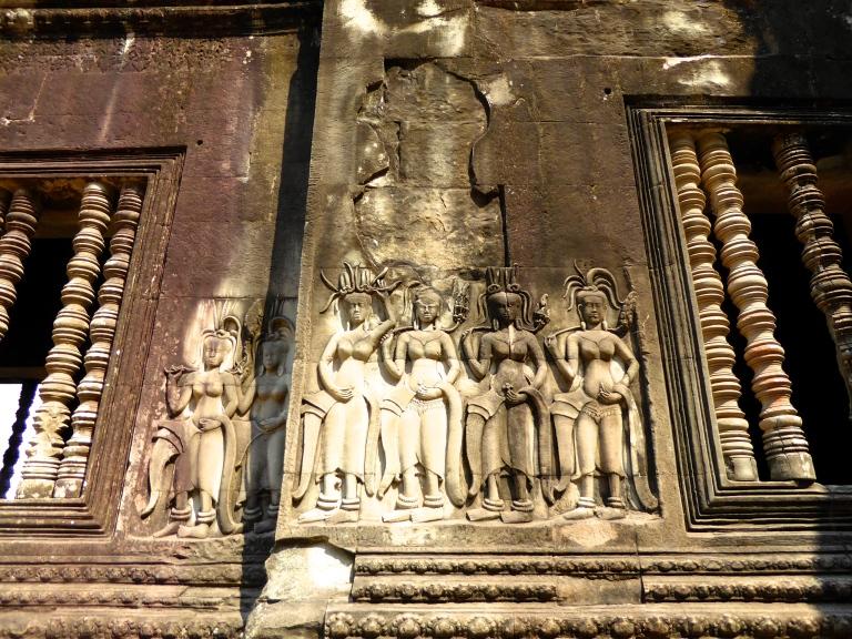 Angkor Wat - Apsara Dancers
