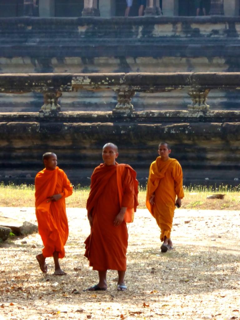 Angkor Wat - Monks 2