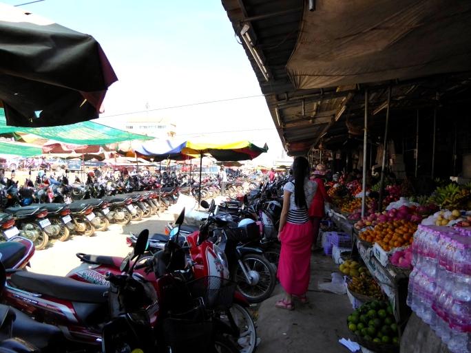 Locals Market 2